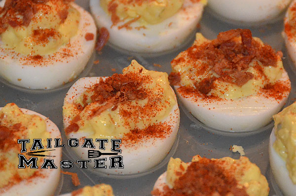 the best bacon deviled eggs for your tailgate