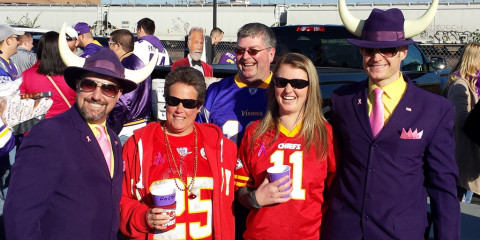 football tailgate pics Kansas City Chiefs at Minnesota Vikings tailgating photos