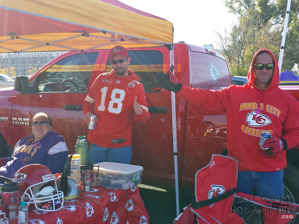 tailgating before the game kansas city chiefs nfl football game