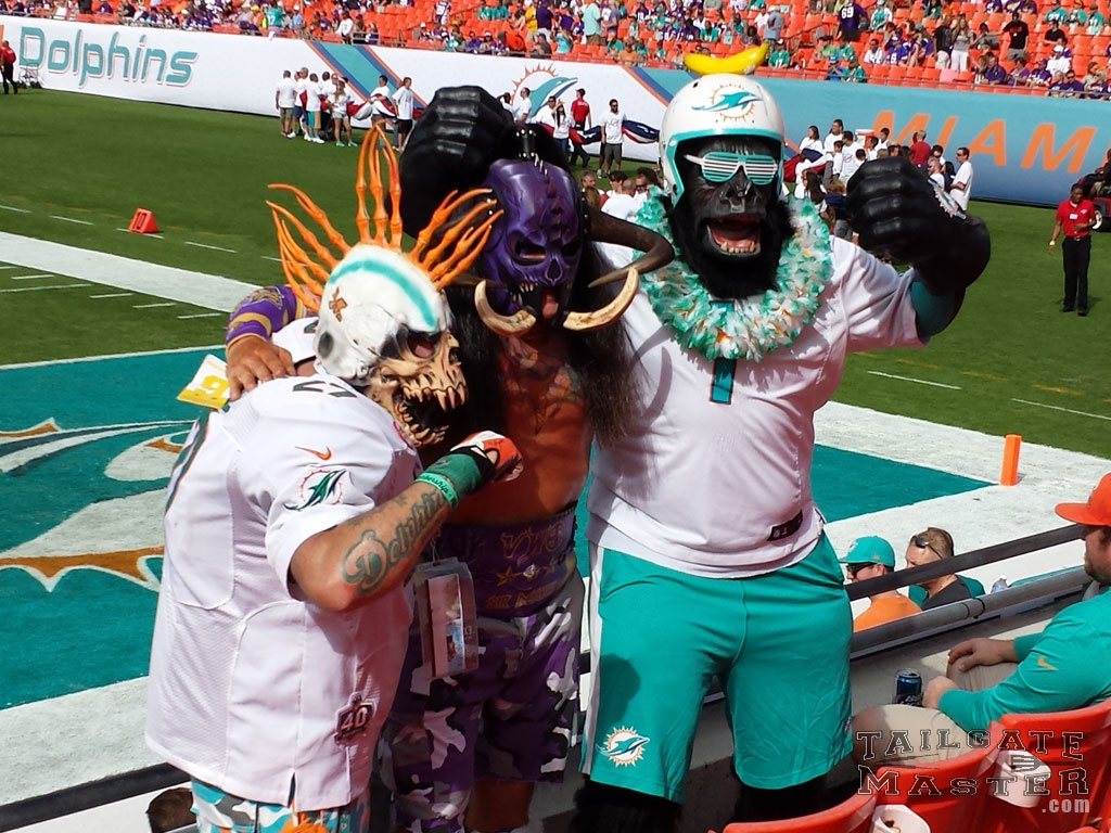 Tailgating Photos Minnesota Vikings at Miami Dolphins 2014 & What is Tailgating? - TailgateMaster.com