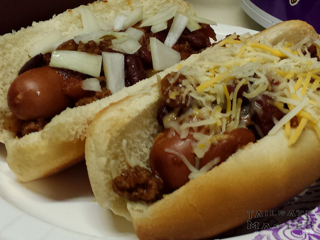 game day chili dogs in the crock pot