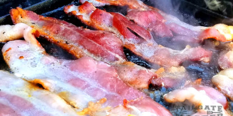 cooking bacon on the grill is like heaven on earth this is how you cook thick smoked bacon