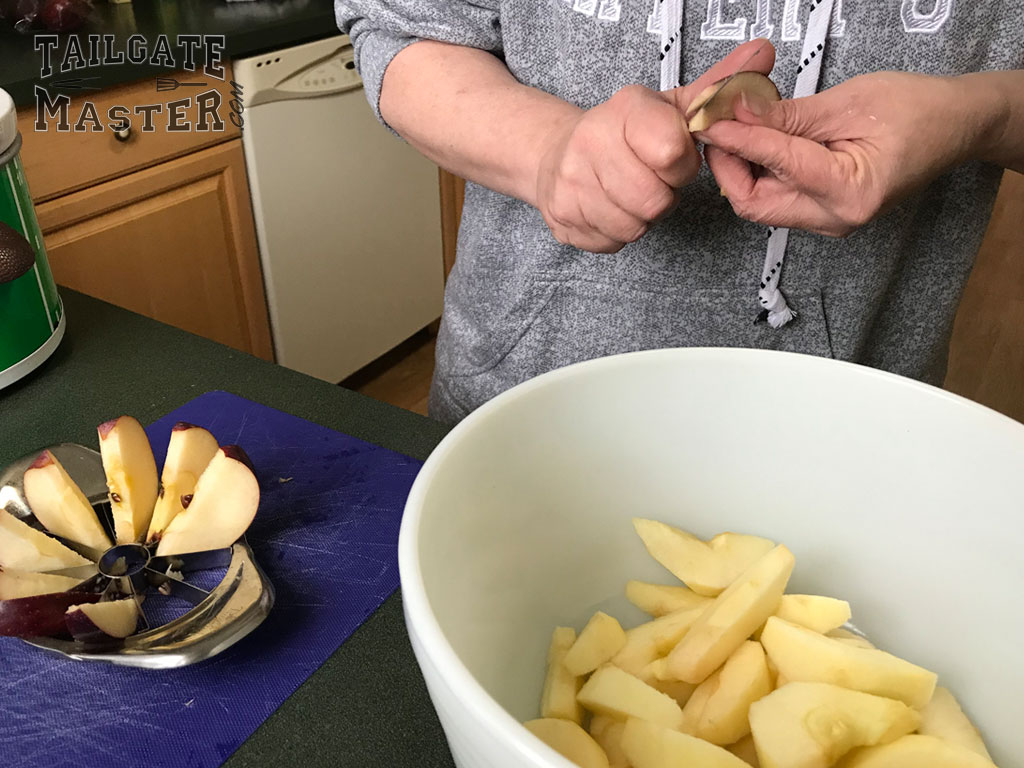 pealing the apples for slow cooker apple pie